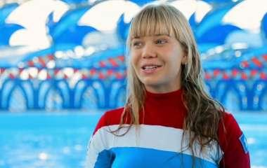 Получила штангой по голове: очередная российская ведущая получила травму на съемках