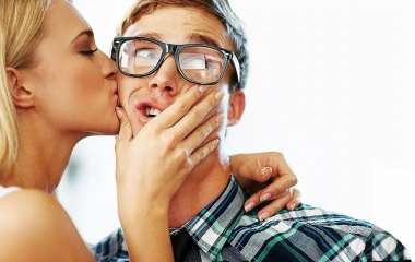 5 секс-поз для экспериментов, которые понравятся девушке