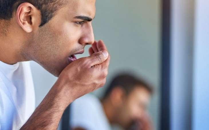 Врач рассказала, на какие болезни указывает неприятный запах изо рта