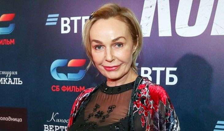 Плачет от счастья: у 65-летней Натальи Андрейченко новый роман