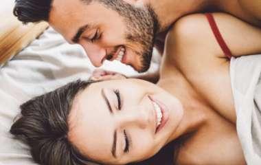 Сексолог составил ТОП-10 вещей, которые заводят женщин больше всего