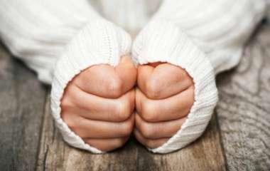 Врач-невролог предупредил о какой проблеме со здоровьем говорят холодные руки