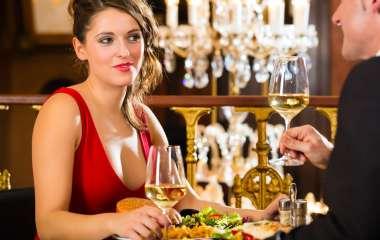 Как одеться на первое свидание, чтобы чувствовать себя комфортно, уверенно и привлекательно