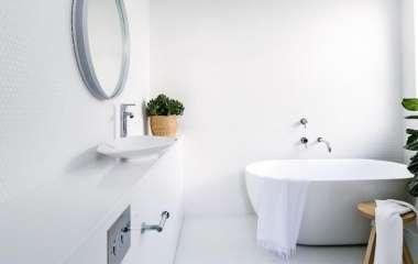 7 вещей, которые нельзя хранить в ванной комнате