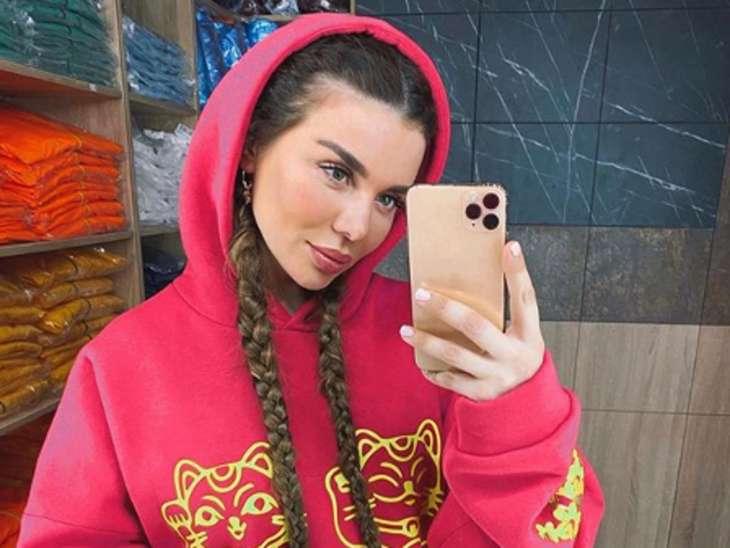 Анна Седокова с бойфрендом отдыхает в Майами
