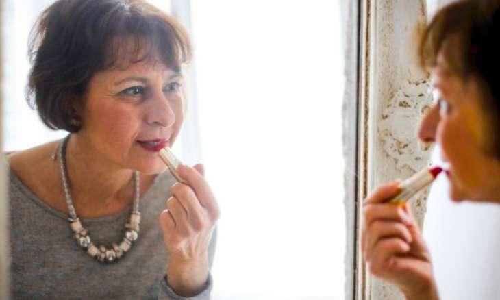 6 вещей, которые делает взрослая женщина, когда дома одна