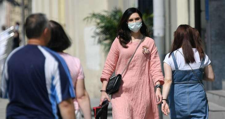 Специалист объяснила, почему вирус не погибает в жару