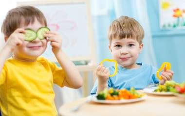 5 продуктов которыми нельзя кормить ребенка на завтрак