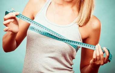 7 упражнений для красивой груди