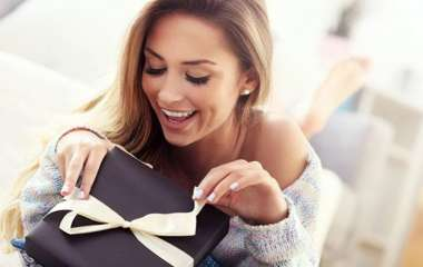 Подарочный этикет: как правильно дарить подарки?