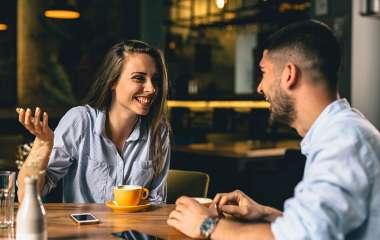 Как вести разговор на первом свидании