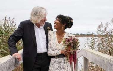 Лидер Pink Floyd женился на своей водительнице