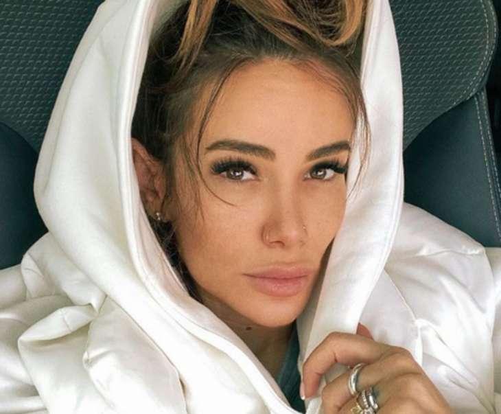 Айза Анохина пожаловалась на несчастную жизнь