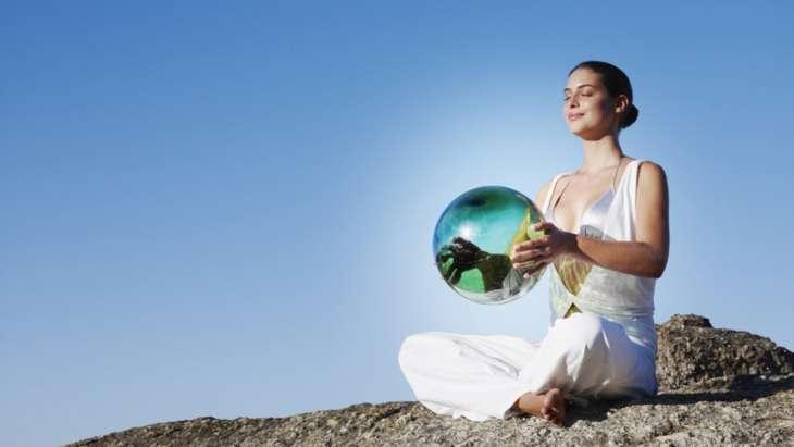 Гармоничная женщина 45+: 5 простых правил для здоровья и красоты