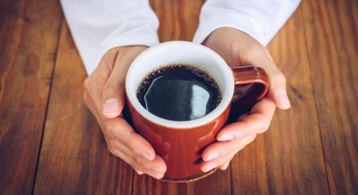 В какие часы лучше всего пить кофе