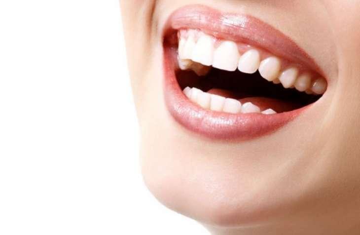 Опасность отбеливания зубов: чем угрожает невинная на первый взгляд процедура