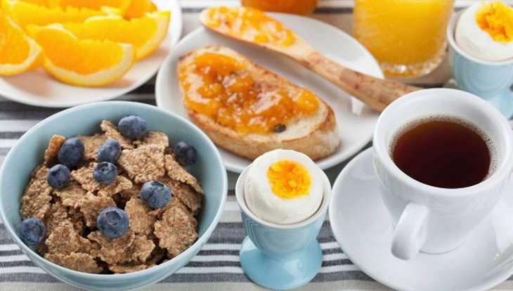 Один вред: названы худшие продукты для завтрака
