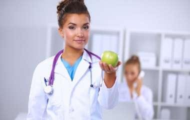 Топ-5 врачей, которых нужно посещать регулярно