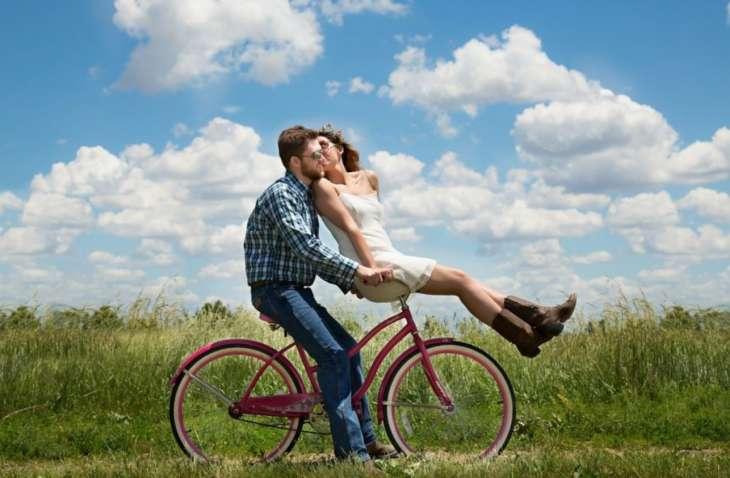 8 мелочей, которые делают счастливые пары и даже не спрашивают друг друга