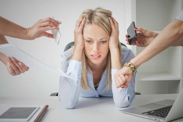 4 стадии стресса, и как они проявляются на женском лице