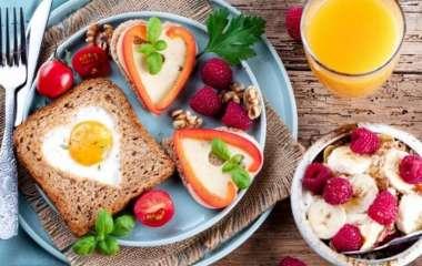 Идеи для завтрака: 2 простых рецепта запеканки и желе от шеф-повара