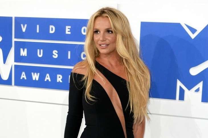 «Дал шанс»: отец Бритни Спирс решил отказаться от опекунства над певицей