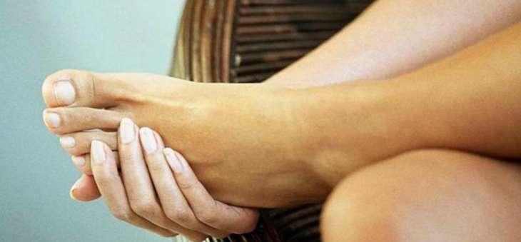 Боль в ногах при ходьбе: признаки того, что вам необходимо обратиться к врачу