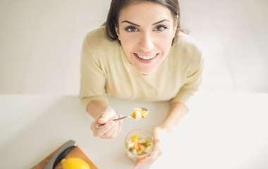 5 продуктов, которые положительно влияют на красоту и здоровье зубов