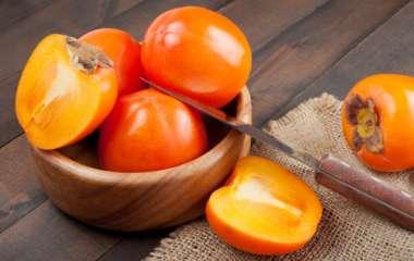 Зимняя ягода: полезные свойства хурмы для организма