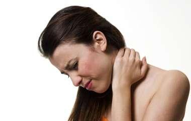 Комплекс эффективных упражнений против боли в шее