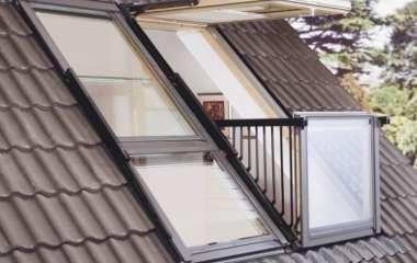 Как выбрать мансардные окна. Размеры, типы и установка