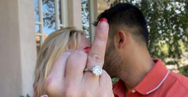 Жених Бритни Спирс с юмором ответил на комментарии о брачном контракте