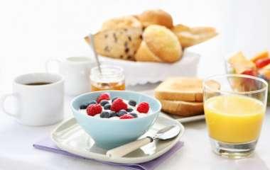 Диетологи рассказали какие продукты нельзя есть на голодный желудок