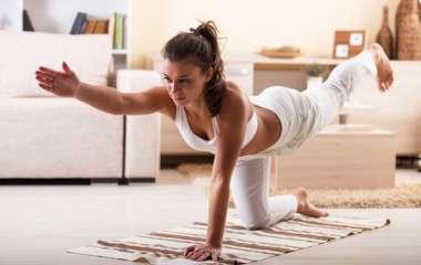Заботимся о здоровье с легкостью: кардио упражнения без прыжков в домашних условиях
