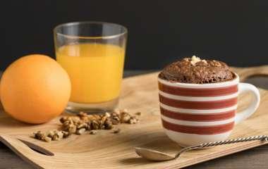 Десерт за 5 минут: простые рецепты сладких блюд в микроволновке