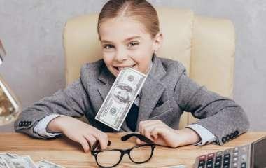 Как воспитать в ребенке разумное отношение к деньгам