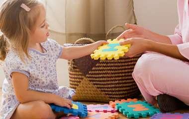 Развивающие игры с маленькими детьми