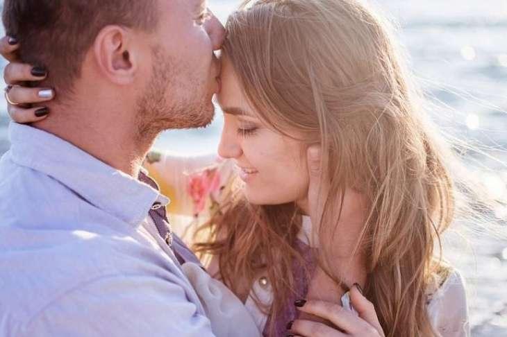 Ученые рассказали о пользе романтических отношений для здоровья