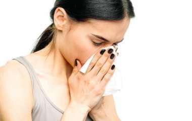 Причины проявления вазомоторного ринита и методы его лечения