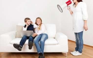 Токсичные методы воспитания, которые многие родители до сих пор применяют к детям