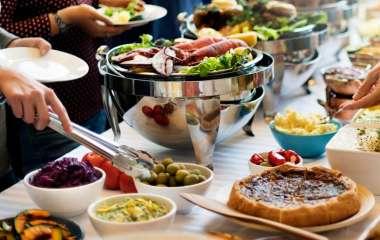 Правила питания на отдыхе для тех, у кого проблемы с пищеварением