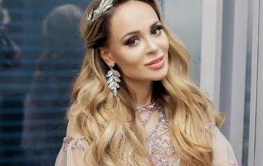 Анна Калашникова обвиняет таксиста в краже сумочки за 800 тысяч рублей
