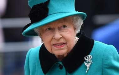 Елизавета II сделала прививку от коронавируса