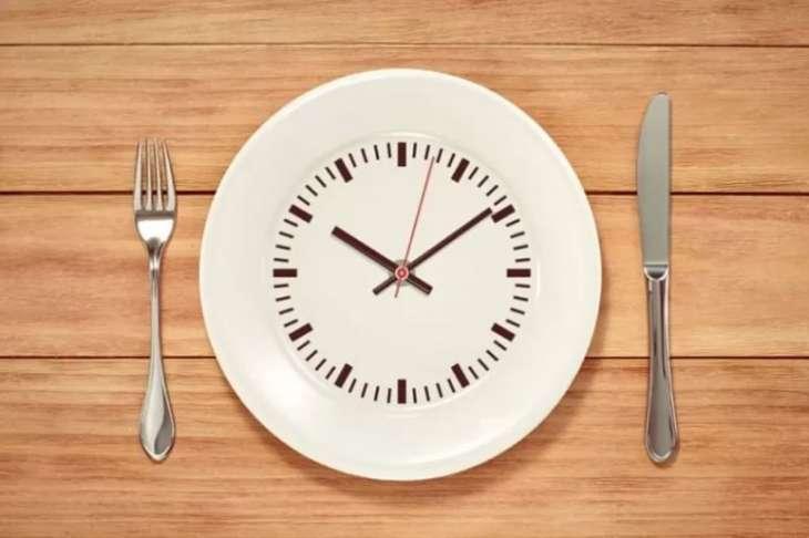 Ученые из США рассказали о пользе прерывистого голодания