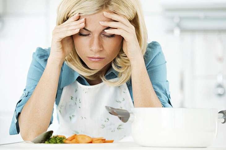 Что можно есть, когда болит голова: продукты, способные ослабить мигрень