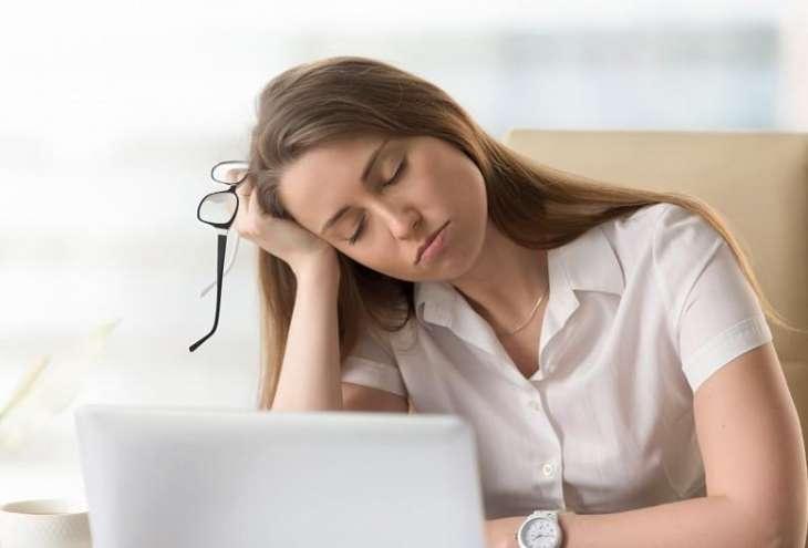 Ученые назвали дневную сонливость признаком опасной болезни