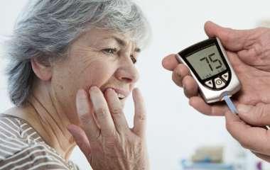 Диабет 2 типа: врач назвала лучшее время для еды, чтобы избежать высокого сахара