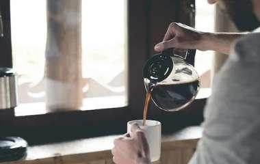 Названы утренние привычки, которые могут сократить продолжительность жизни