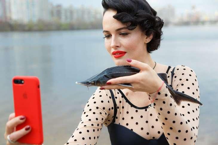 Даша Астафьева примерила соблазнительное боди за 6 тысяч гривен
