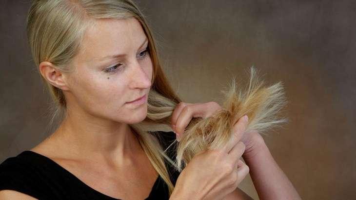 Врач назвала две основные причины выпадения волос